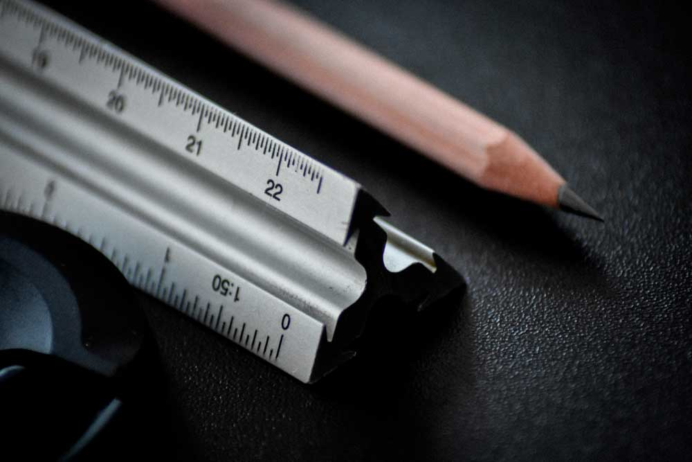 photos-outils-de-mesure-pour-plaque-de-metal