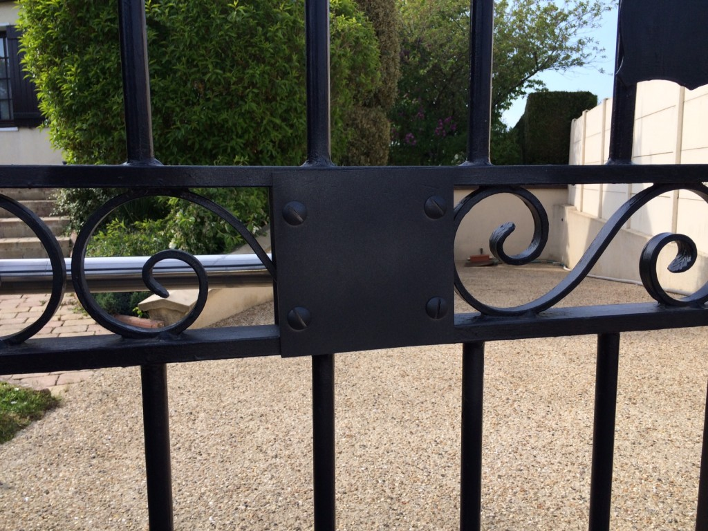 Bricolage vérin portail