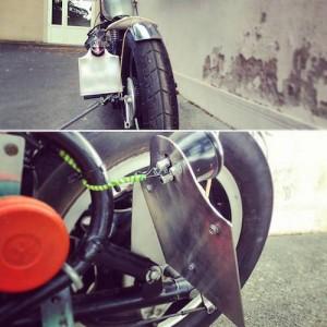 Support de plaque de moto en inox
