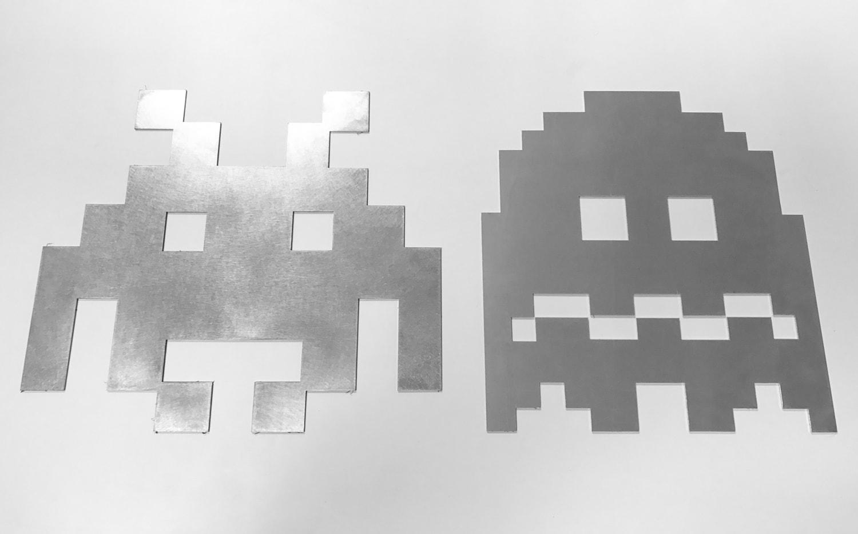 Space Invaders découpés au laser