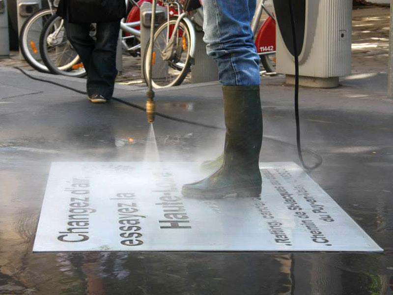 pochoir en métal pour Clean Tag