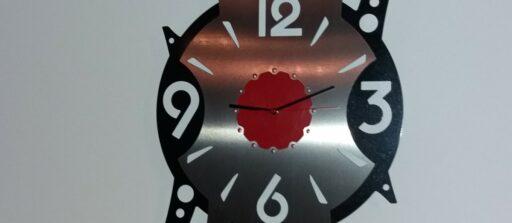 Réalisation d'une horloge sur mesure en DXF