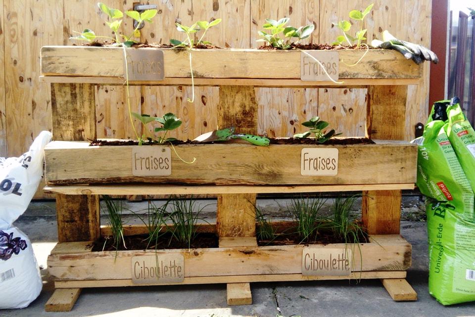 Exemple de jardinière en palettes