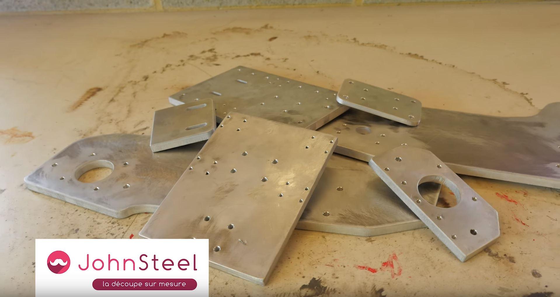 Découpe de métal par John Steel