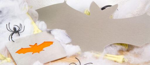 Halloween sur-mesure (1/3) : Des chauves-souris en alu ou inox pour la déco