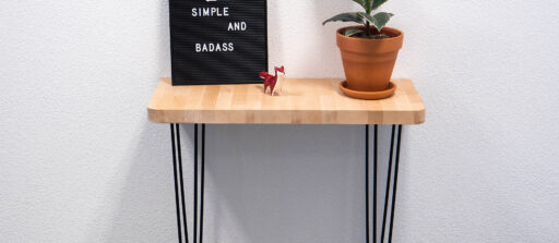 How to make a custom DIY wooden side table !