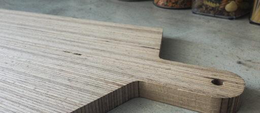 Fabriquez votre planche à découper en bois sur mesure 