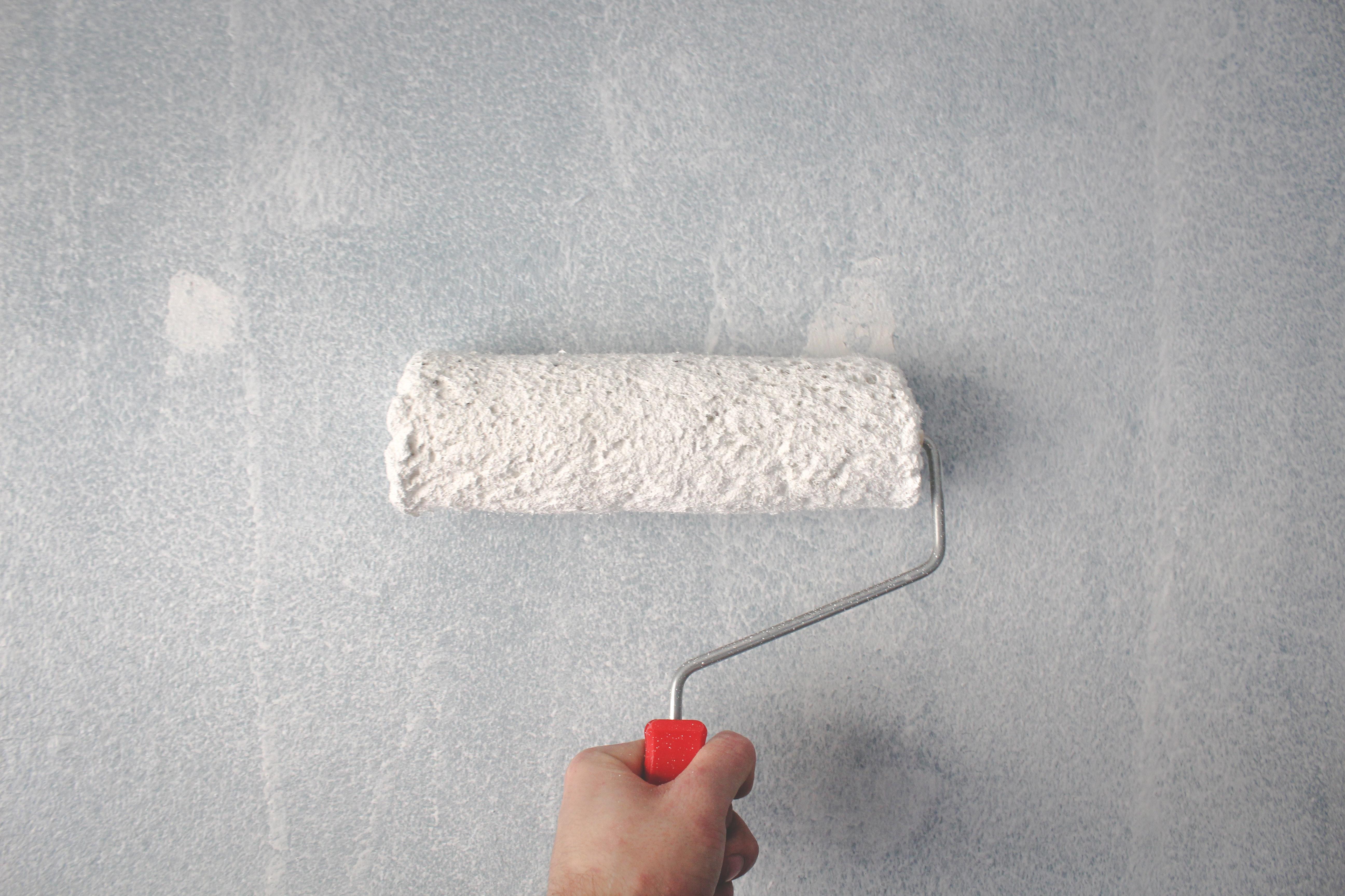 application-primaire-peindre-panneau-bois-mdf