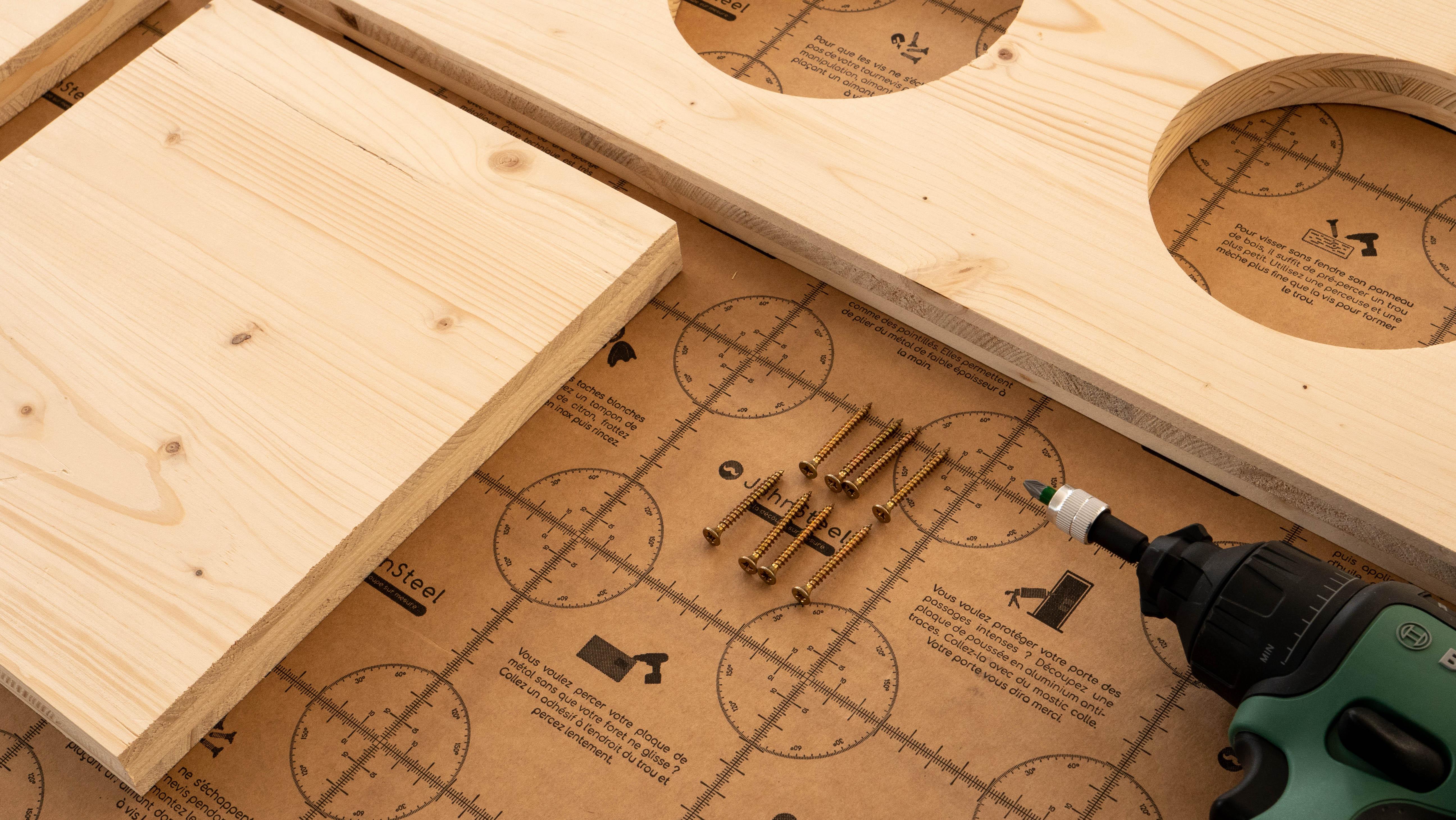 assemblage de la structure de la jardinière en bois