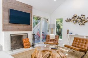 photo décoration intérieur en bois pour télévision