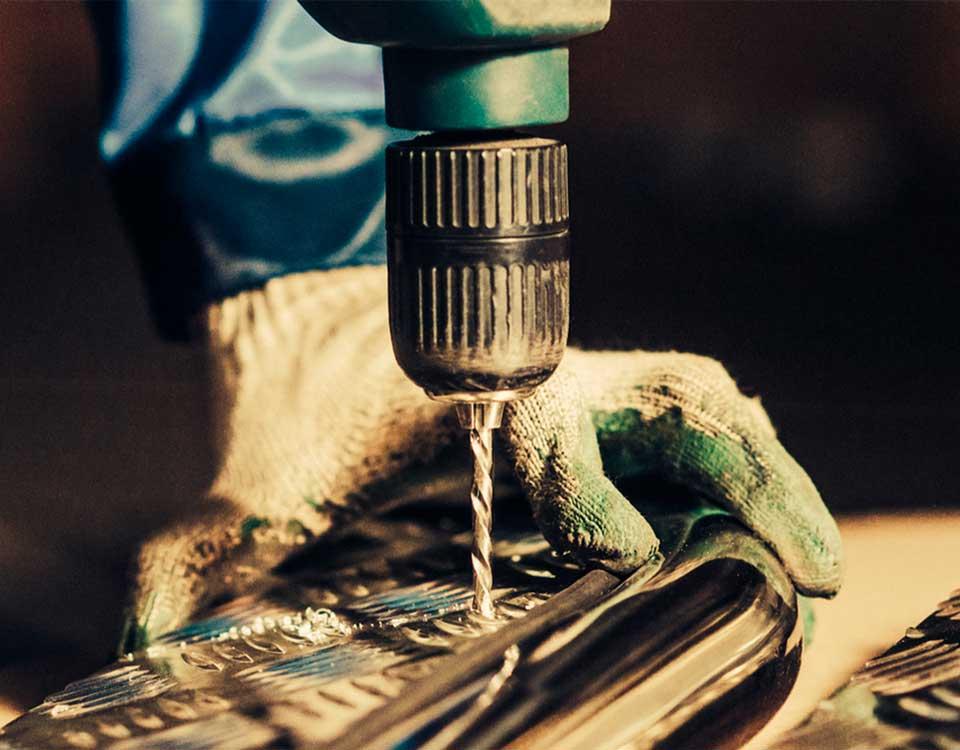 percer du métal proprement