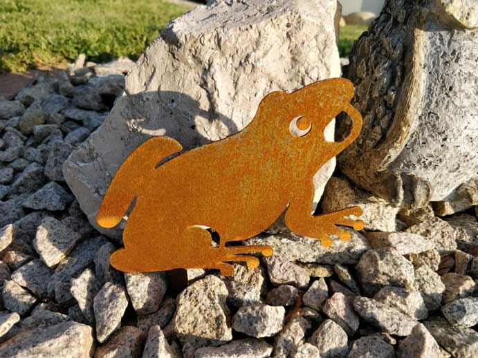 sculpture grenouille métal décoration jardin